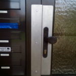 zabezpeceni-dveri-proti-vniknuti
